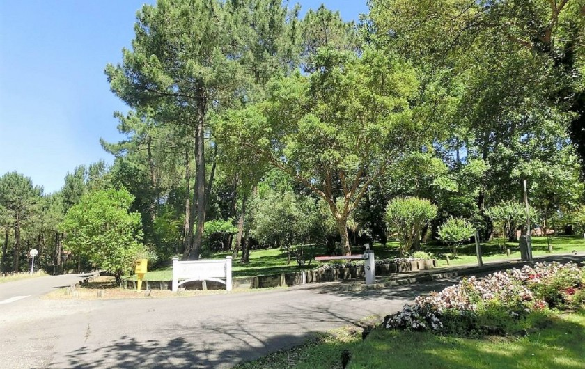 Location de vacances - Villa à Moliets-et-Maa - Entrée de la résidence Pierre et Vacances