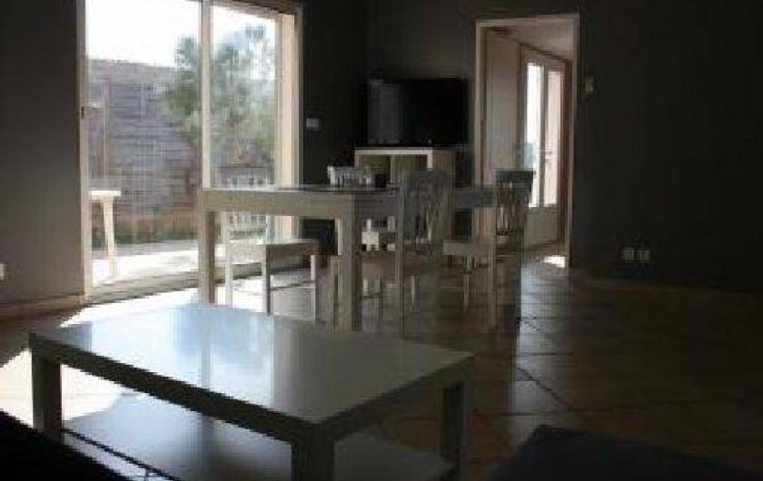 Location de vacances - Appartement à Hyères - salle à manger