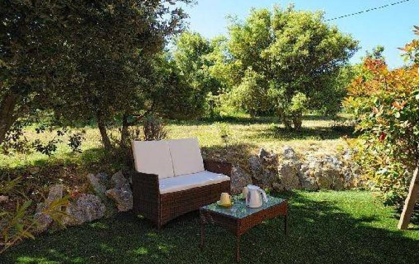 Location de vacances - Villa à Bonifacio - extérieur de la chambre unique