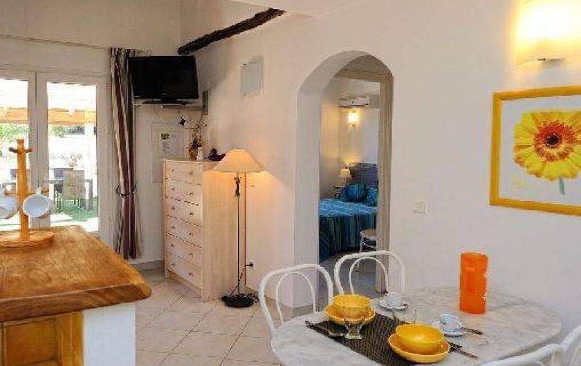 Location de vacances - Villa à Bonifacio - intérieur mini  villa