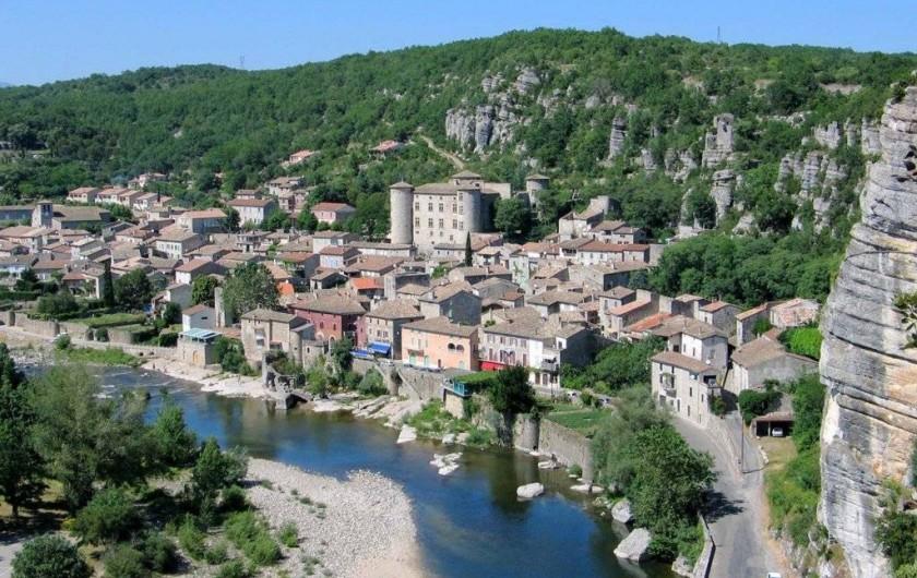 Location de vacances - Gîte à Vogüé - Village de VOGÜÉ