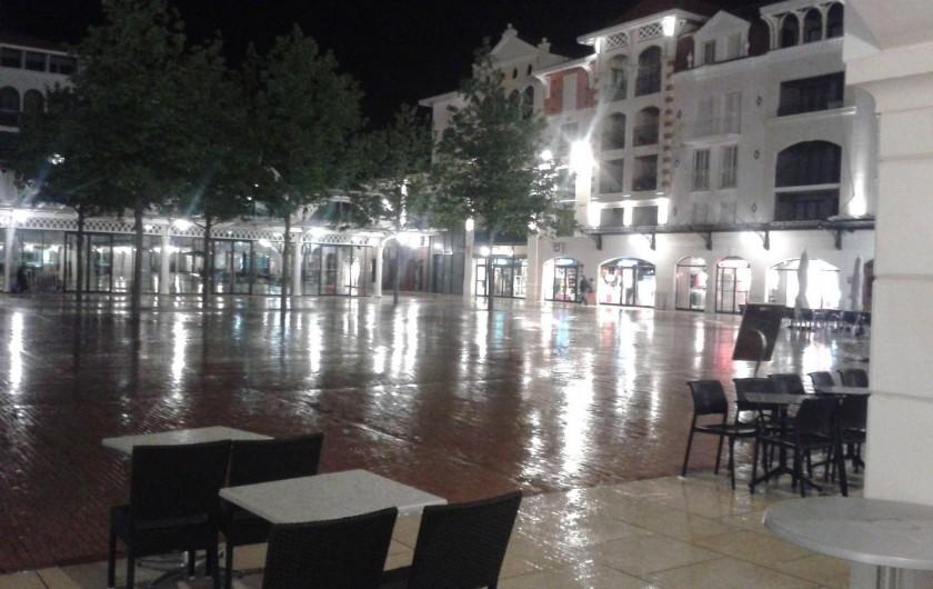 Location de vacances - Appartement à Arcachon - place du marché