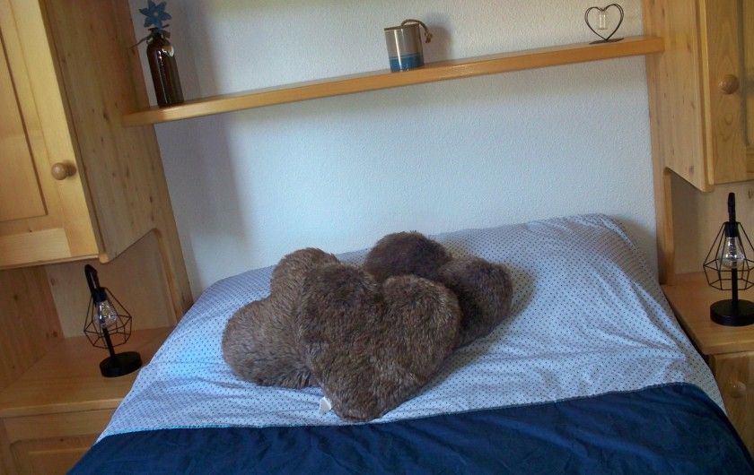 Location de vacances - Studio à Morzine - chambre separee lit double