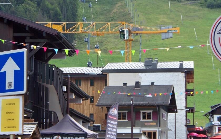 Location de vacances - Studio à Morzine - pistes de  skis l ete