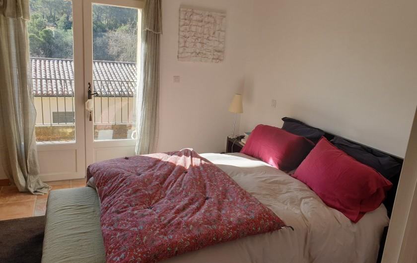 Location de vacances - Mas à Le Pin - chambre double exposition avec terrasse
