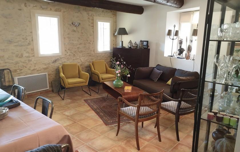 Location de vacances - Mas à Le Pin - salle à manger et 1er salon