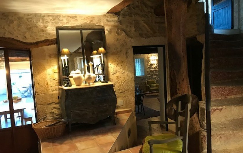 Location de vacances - Mas à Le Pin - vaste entrée
