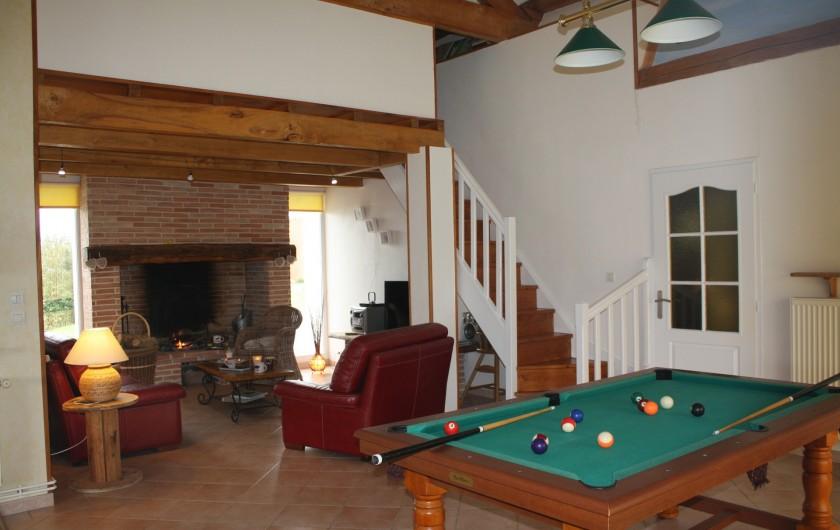 Location de vacances - Gîte à Lafrançaise - Salon cheminée avec billard.