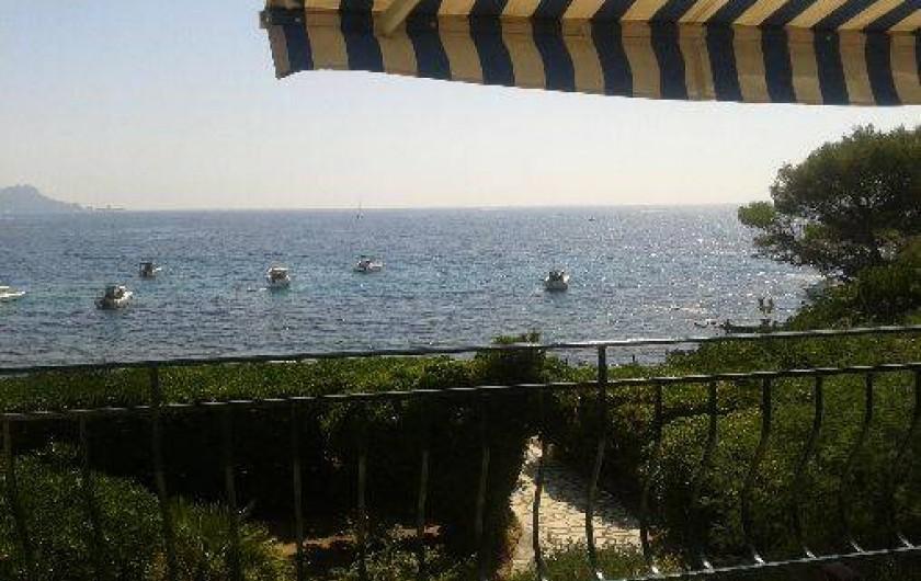 Location de vacances - Villa à Saint-Raphaël - depuis la terrasse devant le séjour