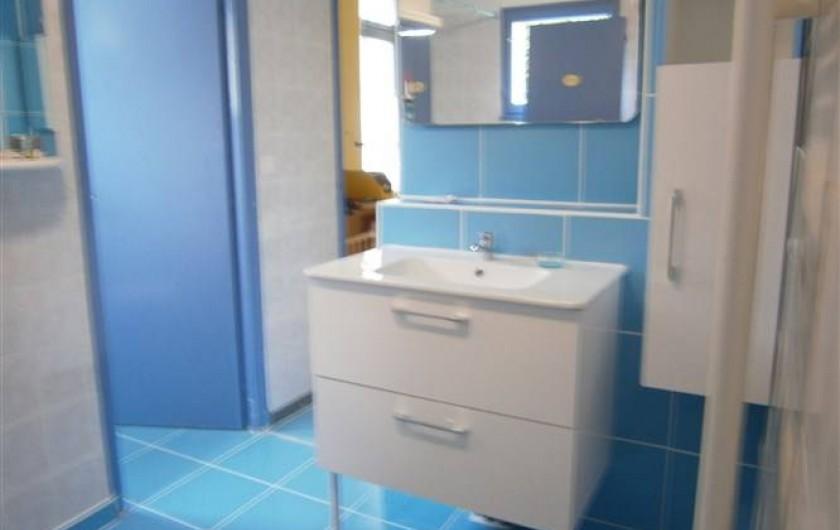 Location de vacances - Gîte à Mareuil-sur-Lay-Dissais - salle d'eau