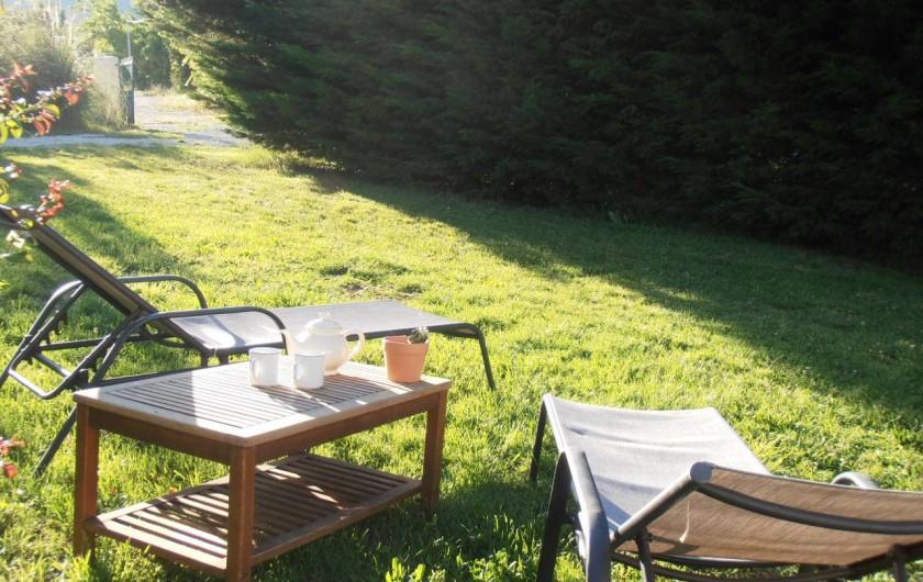Location de vacances - Gîte à Marsanne - jardin gite location vacances tourisme Marsanne 2