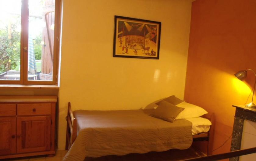 Location de vacances - Gîte à Marsanne - chambre Georges gite lorette scoot nomad location vacances tourisme marsanne 2