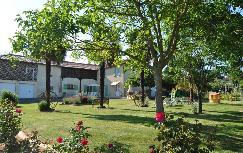 Location de vacances - Gîte à Duffort - Vue d'ensemble du gîte