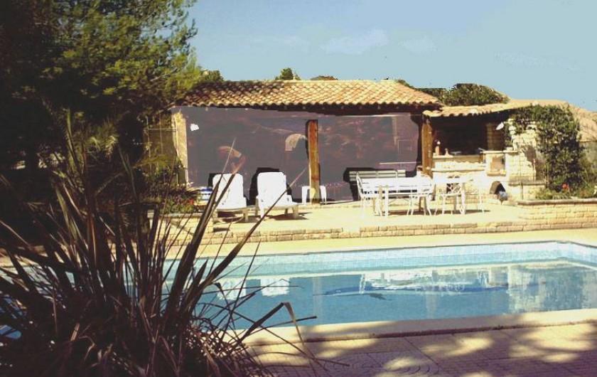 Location de vacances - Gîte à Villetelle - cuisine d'été jour