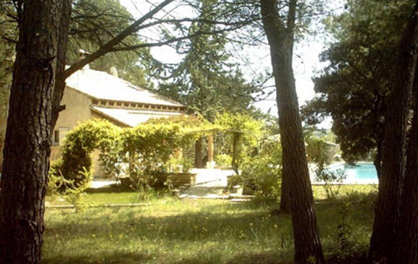 Location de vacances - Gîte à Villetelle - Tonnelle