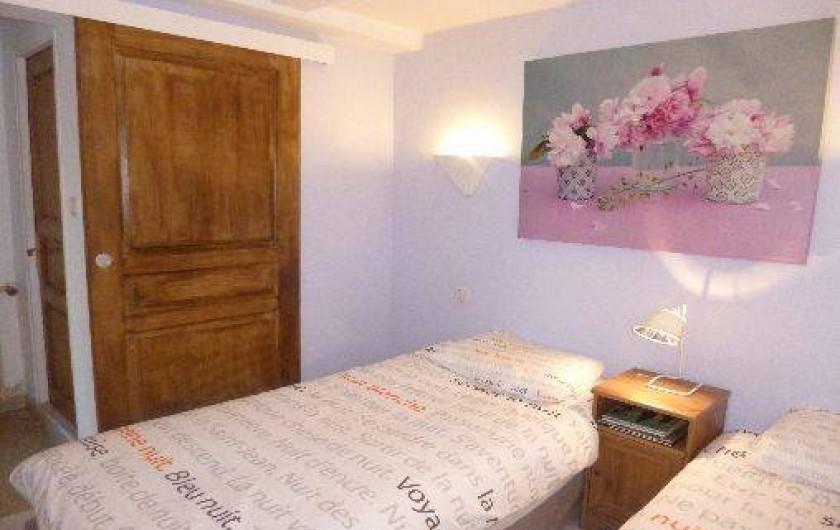 Location de vacances - Appartement à Nîmes - chambre lit jumeaux