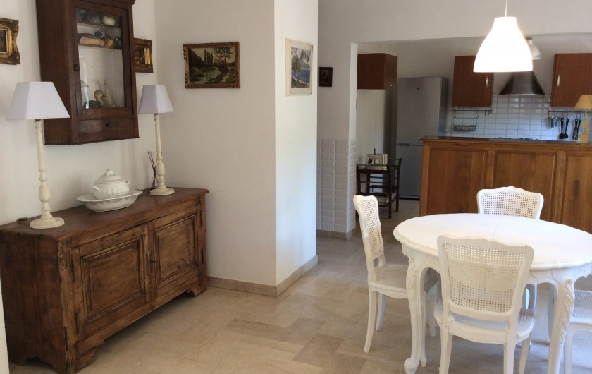 Location de vacances - Appartement à Nîmes - coin séjour