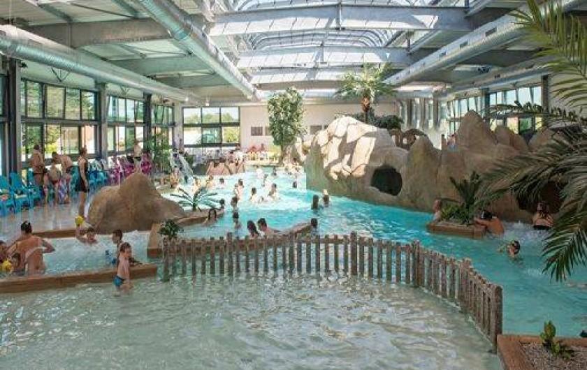 Location de vacances - Camping à Brem-sur-Mer - Complexe aquatique couvert et chauffé
