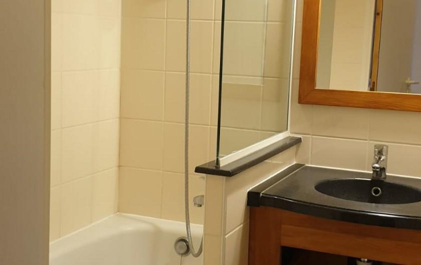 Location de vacances - Appartement à Mâcot-la-Plagne - Salle de bain