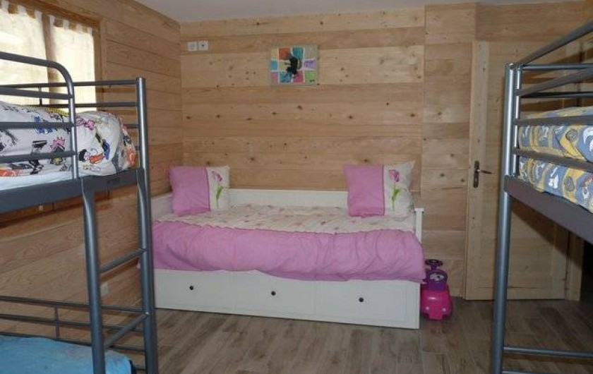 Location de vacances - Appartement à Vaujany - UNE GRANDE CHAMBRE AVEC 6 COUCHAGES