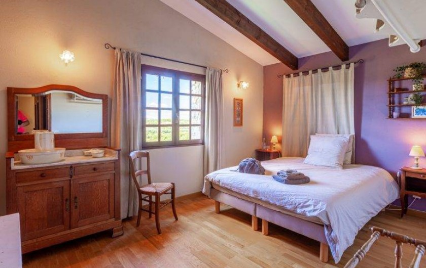 Location de vacances - Chambre d'hôtes à Saint-Césaire-de-Gauzignan - Chambre les Lavandes