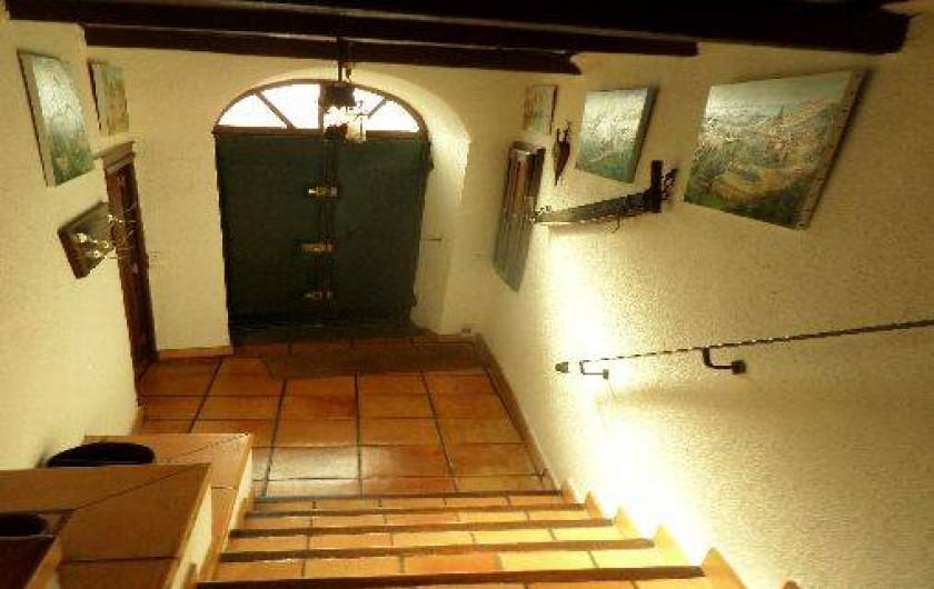 Location de vacances - Maison - Villa à Oletta - L'entrée principale de la maison du village