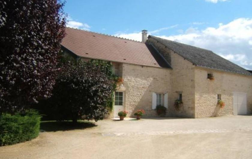 Location de vacances - Gîte à Argenteuil-sur-Armançon - Côté cour