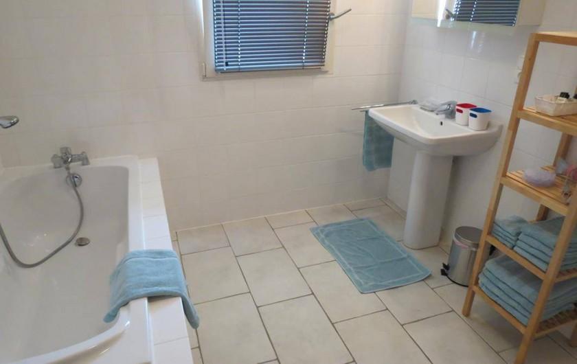Location de vacances - Maison - Villa à Paris-l'Hôpital - Salle de bain, avec douche séparée