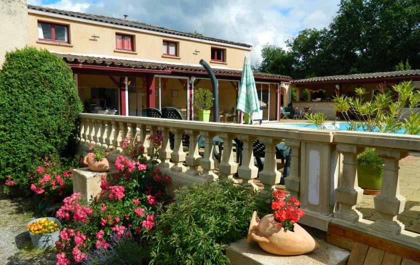 Location de vacances - Chambre d'hôtes à Saint-Géry - BÂTISSE PRINCIPALE