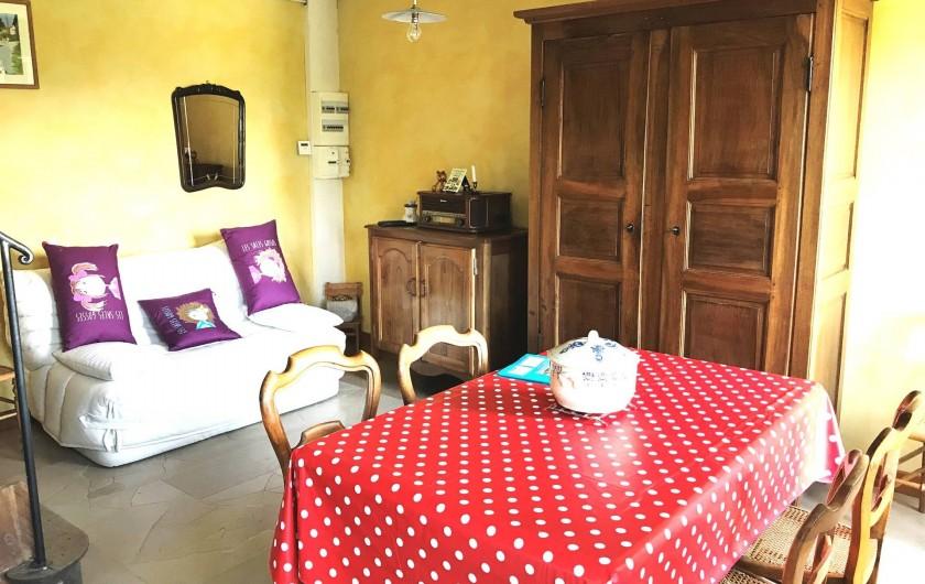 Location de vacances - Appartement à Chanaz - Coin salon