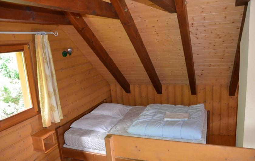 Location de vacances - Chalet à Soultzeren - Mezzanine lit double