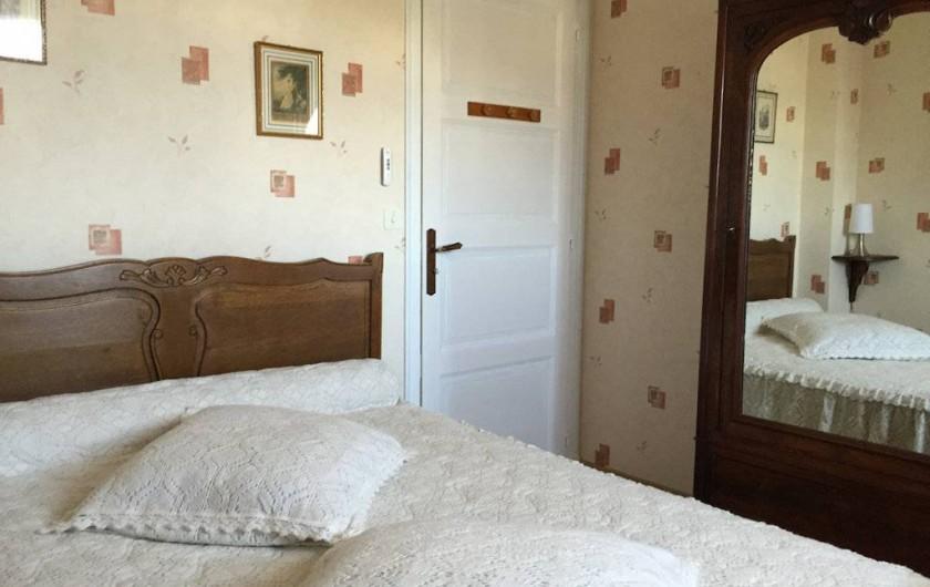 Location de vacances - Chambre d'hôtes à Saint-Malo - La chambre beige