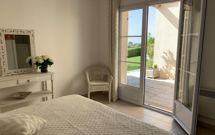 Location de vacances - Villa à Cagnes-sur-Mer - Chambre1 Room#1