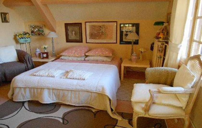 """Location de vacances - Chambre d'hôtes à Les Andelys - Les """"Jonquilles"""" chambre double"""