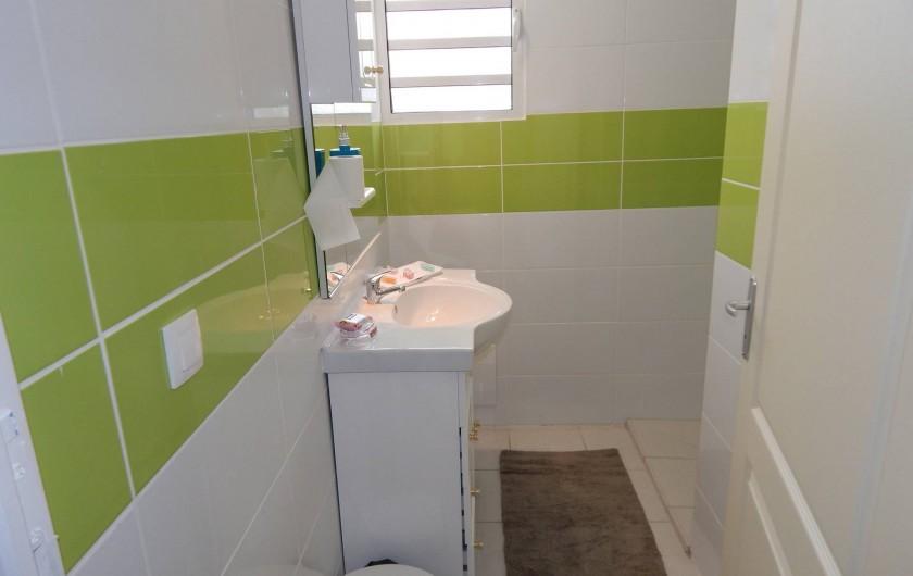 Location de vacances - Villa à Sainte-Anne - salle de bain