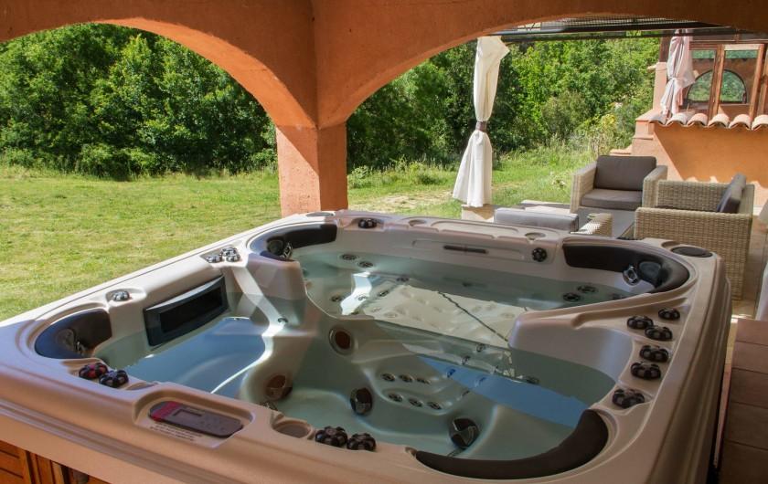 Location de vacances - Gîte à Chateauvert - Spa