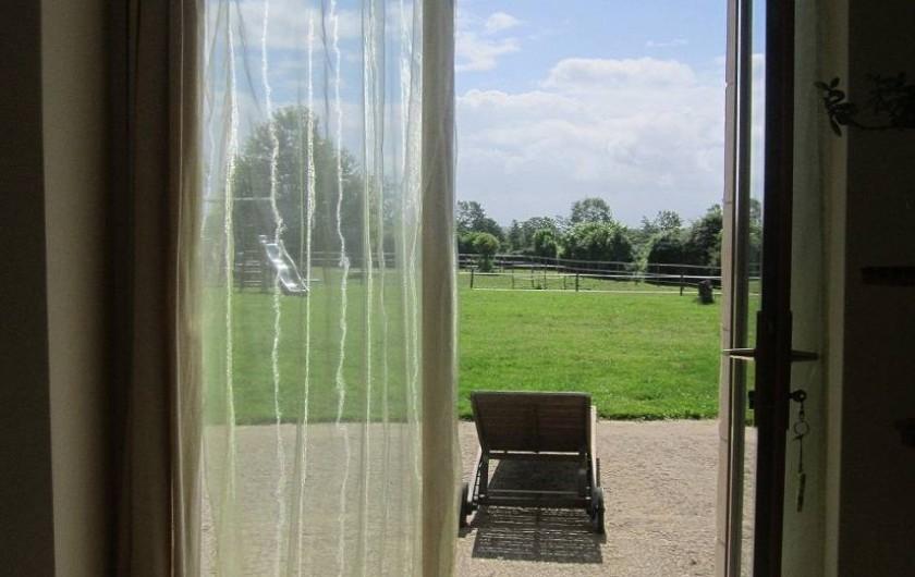 Location de vacances - Chambre d'hôtes à Ardin - Chambre 1 accès terrasse