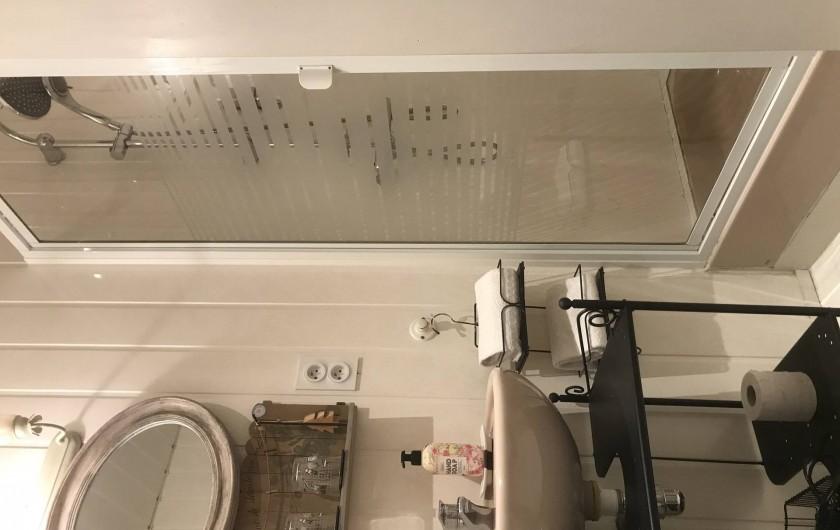Location de vacances - Chambre d'hôtes à Les Andelys - Salle d'eau Lancelot