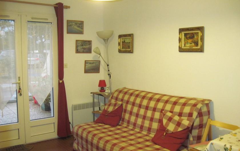Location de vacances - Appartement à Pentrez - canapé BZ 160cm