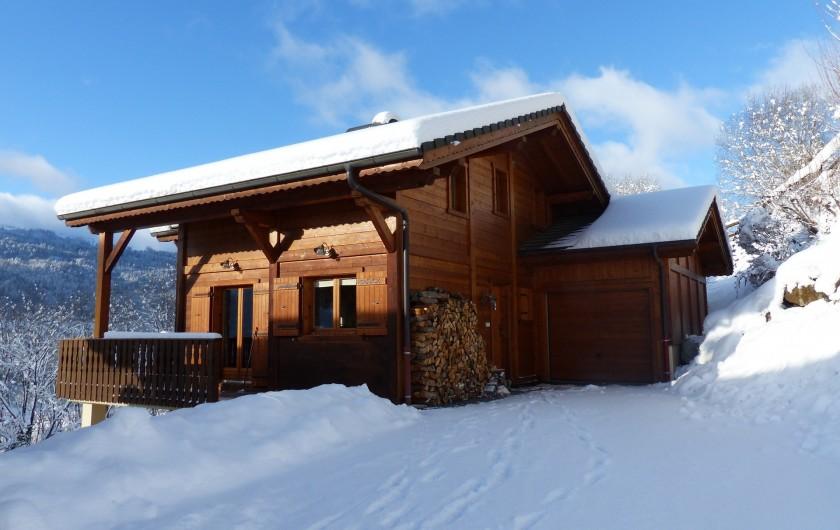 Location de vacances - Chalet à Verchaix - Snowy scene of Chalet