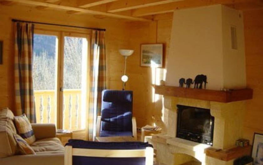 Location de vacances - Chalet à Verchaix - Sitting Room with wood burner fire