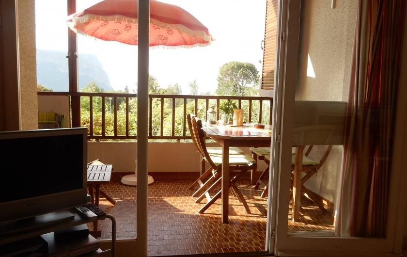Location de vacances - Appartement à Cassis - entrée vers le salon