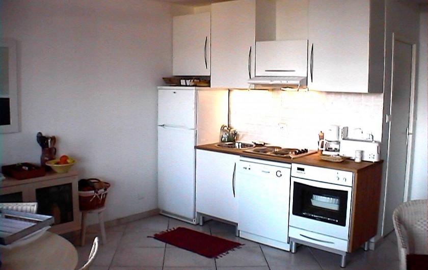 Location de vacances - Appartement à Cassis - La kitchenette où rien ne manque...