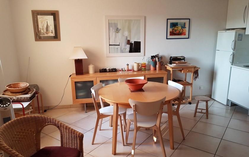 Location de vacances - Appartement à Cassis - La salle à manger