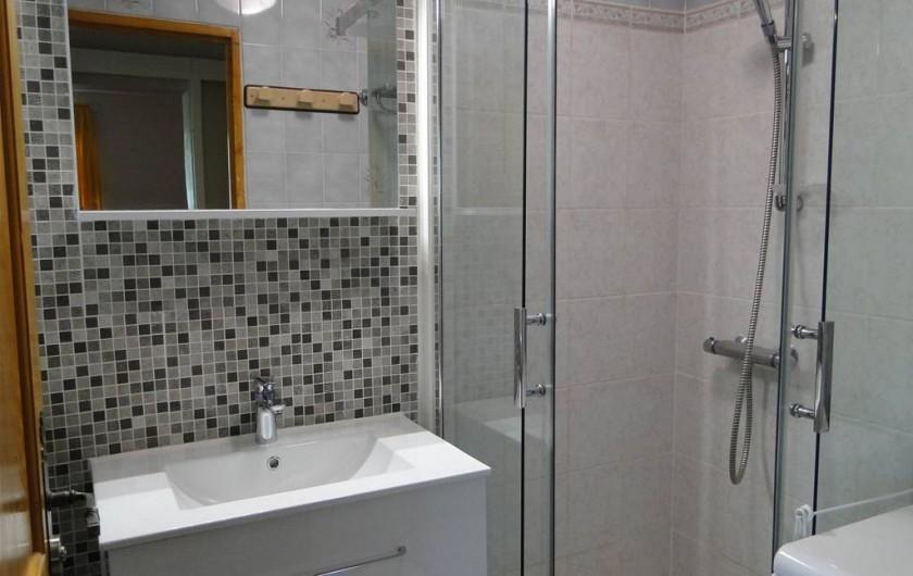 Location de vacances - Gîte à Foncine-le-Haut - Salle de bains