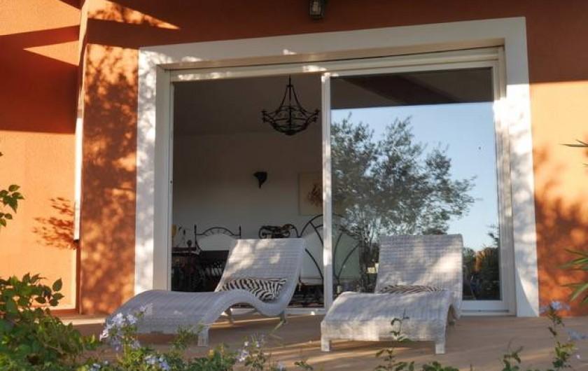 Location de vacances - Villa à Castin - Terrasse sud
