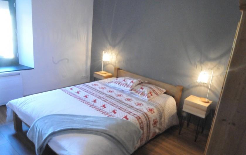 Location de vacances - Appartement à Charvonnex - chambre Parmelan