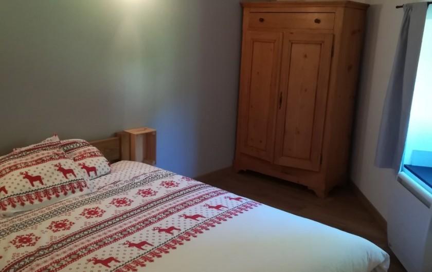 Location de vacances - Appartement à Charvonnex - chambre Mandallaz