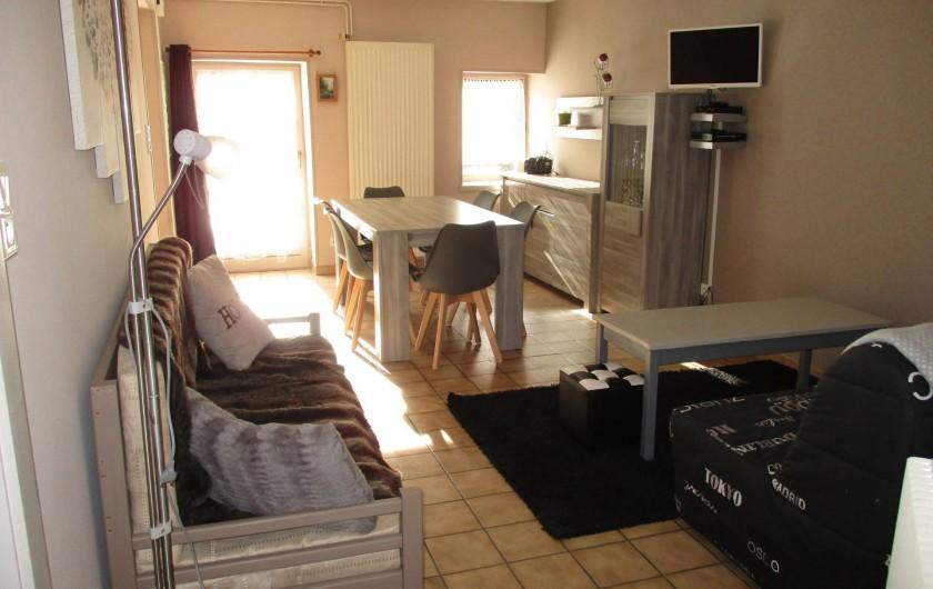 Location de vacances - Appartement à Corcieux - salon, salle à manger