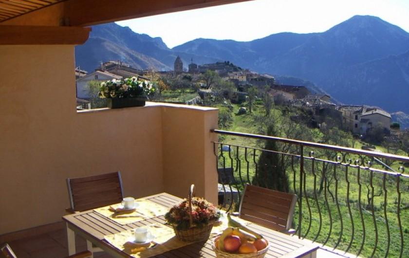 Location de vacances - Gîte à Utelle - Terrasse 24 m² plein sud